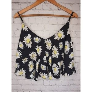 Cotton On Tops - Cotton On crop top size M